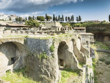 71791270 - ercolano, italy- march 26, 2016: people visit herculaneum archeological site near naples during a summer day.